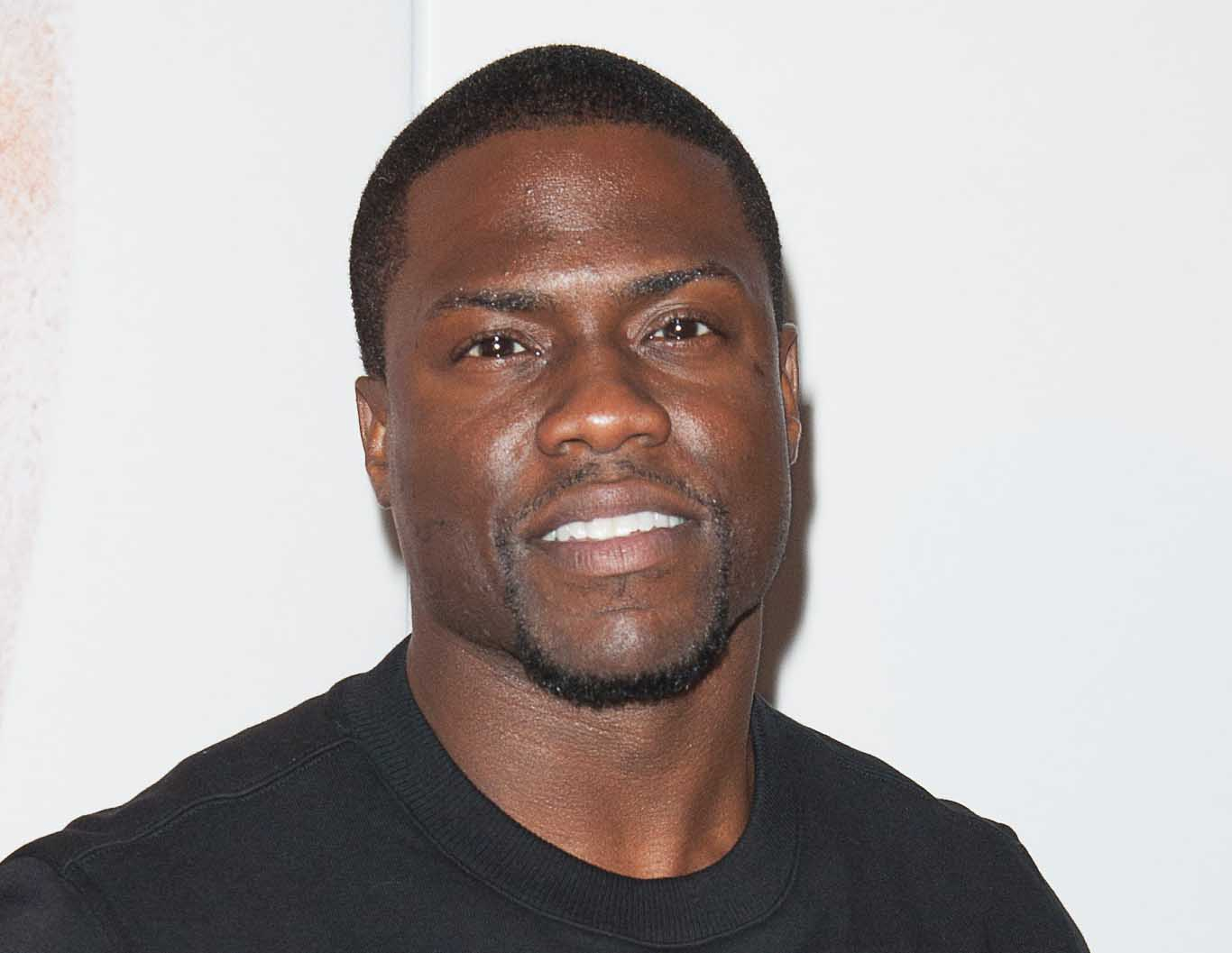 Kevin Hart - biography with personal life, married and ...